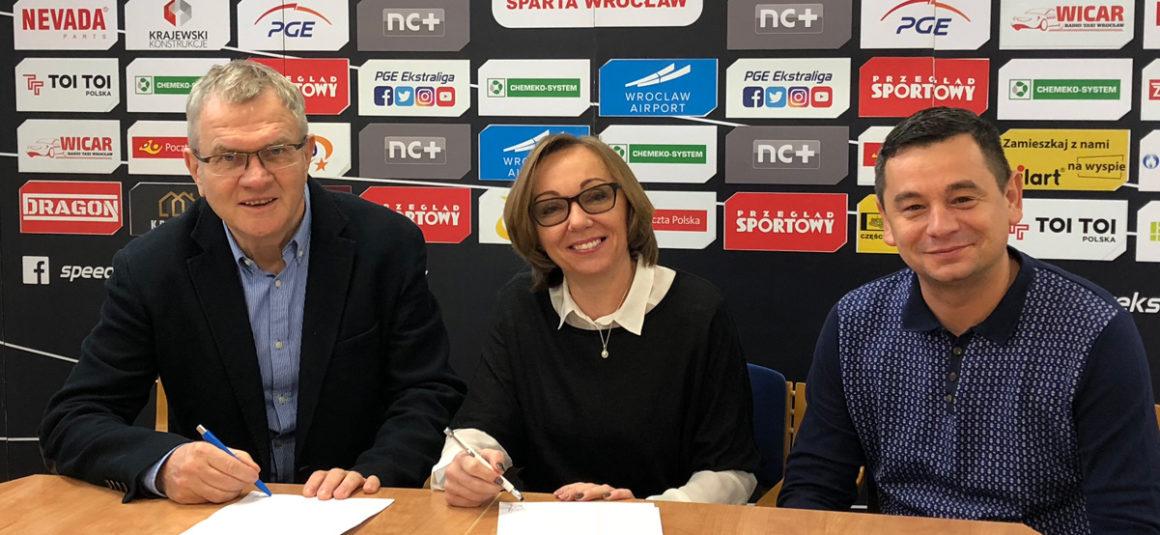 Tols przedłuża umowę z Klubem