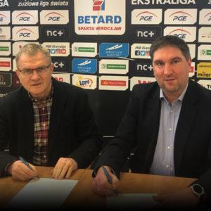 Grupa Hydral coraz mocniej wspiera Betard Spartę Wrocław