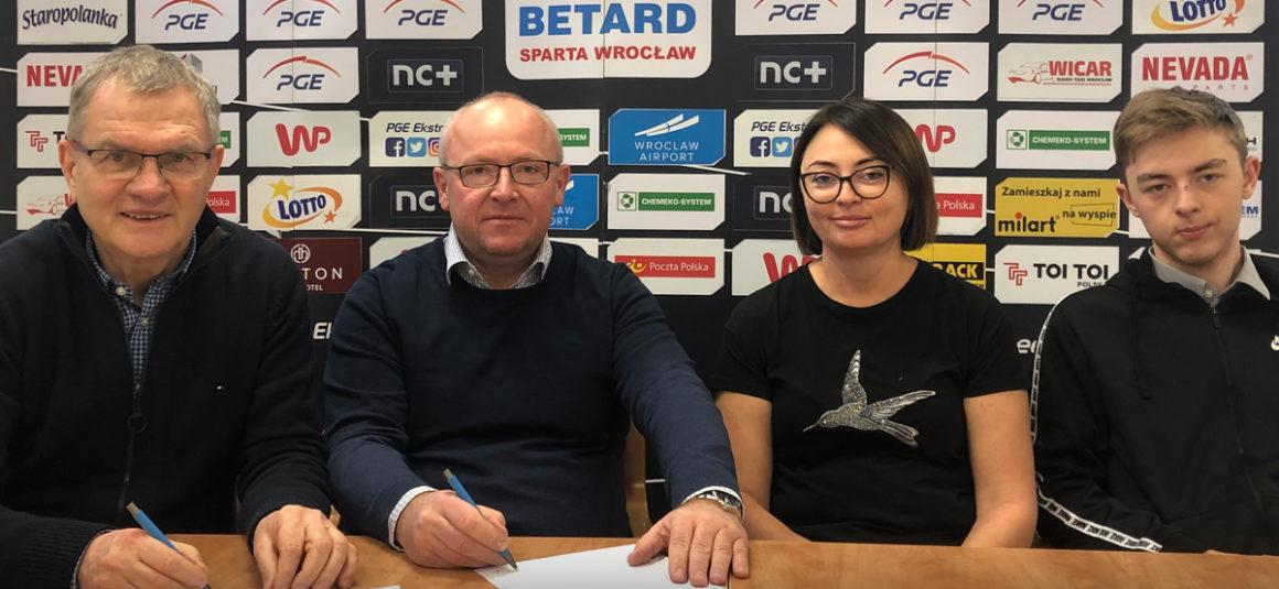 Firma Etex nadal w parze z WTS Spartą Wrocław